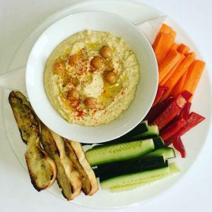 hummus recipe on Living Vino blog