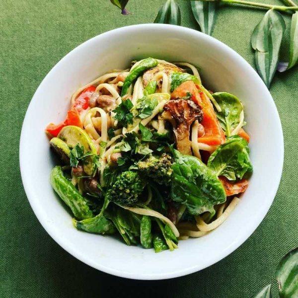 satay noodles bowl